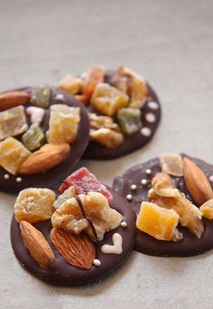 Easy, Healthy and Delicious! Dark Chocolate, Nuts and Dried Fruits also known as French Mendiants au Chocolat by shok, via Flickr