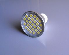 4,7W ALU LED SMD GU10 Spot Strahler 4,7Watt Daylight Tageslicht 6000K / 440 lm !