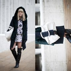Hood, color, boots and bag!