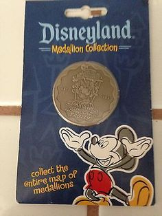 Disneyland-Medallion-Collection-Mickey-Toontown-Trolly-est-1993-Coin