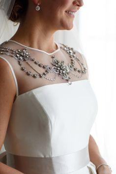 Timeless Carolina Herrera gown: http://www.stylemepretty.com/little-black-book-blog/2015/07/24/elegant-organic-chicago-history-museum-wedding/ | Photography: Ann & Kam - http://www.annkam.com/