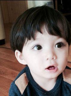 Ideas Beautiful Children Models Boys For 2019 Cute Asian Babies, Korean Babies, Asian Kids, Asian Cute, Cute Babies, Half Asian Babies, Cute Baby Boy, Cute Little Baby, Little Babies