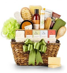 Organic Spa Basket: Spa Gift Baskets - A lovely gift set for supreme relaxation. Organic and dye-free spa products are artfully arranged in a keepsake basket to achieve well-deserved harmony and comfort. Wedding Gift Baskets, Diy Wedding Gifts, Birthday Gift Baskets, Diy Gifts For Mom, Homemade Gifts, Gifts For Family, Gift Baskets For Women, Diy Gift Baskets, Basket Gift