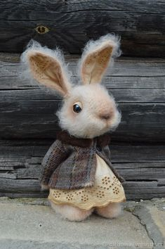 Needle Felted /  Sweet Little Rabbit #feltanimalsdiy