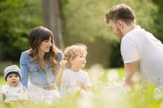 Familyshooting Spring in a park #familyshooting #spring #family #familytime #photography #park #austria