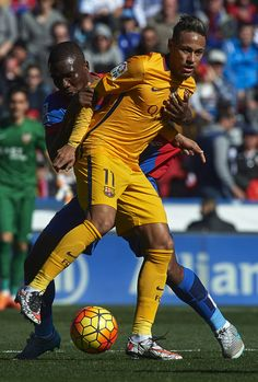 Simao Mate of Levante competes for the ball with Neymar JR (11) of Barcelona during the La Liga match between Levante UD and FC Barcelona at Ciutat de Valencia on February 07, 2016 in Valencia