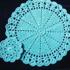 Crochet Dollies, Crochet Gifts, Crochet Flowers, Wire Crochet, Crochet Chart, Crochet Lace, Crochet Placemat Patterns, Knitting Patterns, Asian Quilts