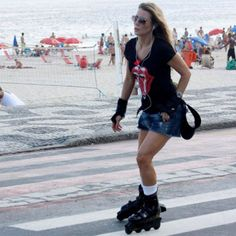 Roller in the beach. #music #rockandroll #roller #inline
