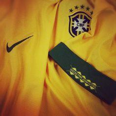Nascido para jogar futebol. Nike. Brasil
