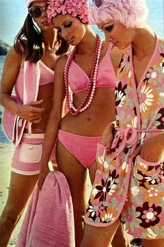 STYLEeGRACE ❤'s 60's beach fashion!
