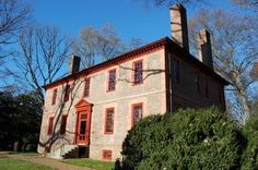 Situated on a bluff overlooking the James River, Wilton is an impressive example of Colonial American architecture and is a superb essay in Georgian design. Built circa 1753 for William Randolph III, Wilton was the centerpiece of a 2,000 acre tobacco plantation and home to the Randolph family for more than a century. It was here that they entertained George Washington, Thomas Jefferson, and the Marquis de Lafayette.