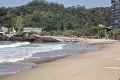De entre sus diversas playas, Cabeçudas es la más urbanizada de Itajaí y la preferida de muchos turistas que pasan por ella en temporada alta. Brasil