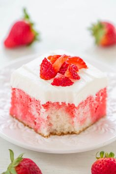 This is good but not my top fave like cake. Strawberries and Cream Poke Cake - A fast, EASY, foolproof cake that looks tie-dyed from the strawberry streaks! Super moist yet light and perfect for spring and summer parties! Poke Cake Jello, Poke Cake Recipes, Dessert Recipes, Dump Recipes, Frosting Recipes, Cookie Recipes, Strawberry Layer Cakes, Strawberry Recipes, Strawberry Jello