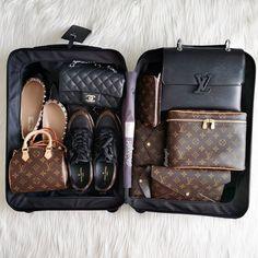 Check out the top quality replica Hermes bag Vho. Louis Vuitton Paris, Louis Vuitton Shoes, Vuitton Bag, Louis Vuitton Handbags, Louis Vuitton Luggage, Chanel Purse, Chanel Handbags, Lv Handbags, Luxury Handbags