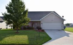 Well maintained home with beautiful, full landscape and great curb appeal!