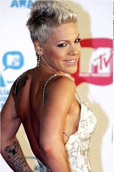 Stupendous Her Hair At The Top And Pink Hairstyles On Pinterest Short Hairstyles Gunalazisus