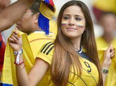Miss WorldCup Probably this Colombian hottie… GALLERY: Hot Colombian girl @ World Cup 2014 Latin Girls, Latin Women, Colombian Girls, Nursing School Humor, Football Fever, Soccer Fans, Girls Soccer, Girls World, Sport Girl
