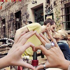 O amor em pequenas doses e para todos os momentos ♥ @Esmalteria Club com você sempre ♥ [esmalte] Cherry [marca] FOUP [entregue no eco-kit] Première (Setembro/2013) ♥ Conheça o clube: www.esmalteriaclub.com.br #esmalteriaclub