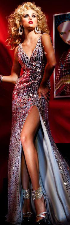 Tony Bowls couture 2014 ~ beautiful I love this dress! Tony Bowls, Fashion Moda, High Fashion, Sexy Dresses, Prom Dresses, Dressy Dresses, Lace Dresses, Club Dresses, Mode Glamour