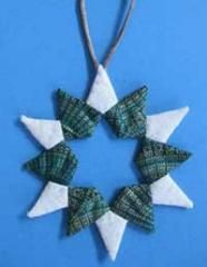 Double Pointed Star Ornament | Delicate and elegant, use your English Paper Piecing skills to sew this little beauty!