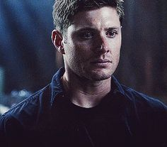 Jensen Ackles as Dean Winchester in Supernatural Castiel, Supernatural Gifs, Dean Winchester Gif, Winchester Boys, Smallville, Armin, Familia Winchester, Samhain, Jaw Clenching