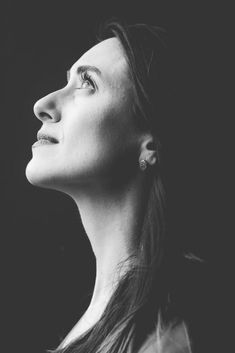 9 Formidable Earrings Portraits Grayscale Photography Of Woman