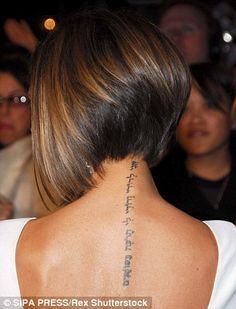 Victoria Beckham defends her 'strong' marriage to David - Long Showing Makeup , Victoria Beckham defends her 'strong' marriage to David Erased: Victoria recently showed off her faded David tribute tattoo on the back of her neck (r. Inverted Bob Hairstyles, Short Bob Haircuts, Cool Hairstyles, Stacked Haircuts, Celebrity Hairstyles, Wedding Hairstyles, Victoria Beckham Short Hair, Victoria Beckham Hairstyles, Short Hair Cuts
