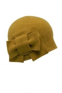 Bow Cloche Hat #PrettyEccentric #1940s #Forties #Landgirls #Wartime #Cloche #Hat #Accessories #Vintage #Retro