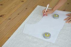 タック入りサーカスパンツの製図・型紙と作り方 | nunocoto fabric Linen Pants, Plastic Cutting Board, Fabric, Dressmaking, Tejido, Tela, Cloths, Fabrics, Tejidos