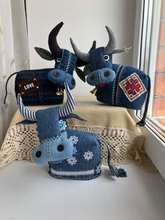 Pinterest | детям | Постила Fabric Toys, Fabric Crafts, Sewing Crafts, Sewing Projects, Animal Sewing Patterns, Quilt Patterns, Denim Crafts, Jean Crafts, Denim Ideas