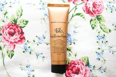 Bumble and Bumble's Brilliantine is a great product for anyone suffering with dry hair, Brilliantine adds some amazing polish & shine when worked into damp hair!