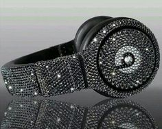 Swarovski Crystal Beats By Dre Bling Black Diamond Headphones - Made with Swarovski Elements Crystal Studio, Solo, and Pro Beats Headphones Bling Bling, Cheap Beats, Cute Headphones, Sports Headphones, Beats By Dre, Leica, Black Diamond, Diamond Rings, Swagg
