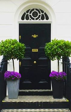 """10 Gorgeous doors that say """"Welcome"""""""