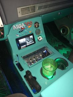 old trucks chevy Custom Car Interior, Truck Interior, Interior Doors, Interior Paint, Luxury Interior, 67 72 Chevy Truck, Classic Chevy Trucks, Old Trucks, Fire Trucks
