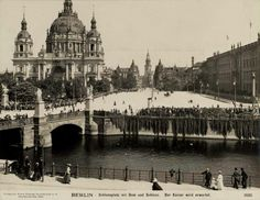 Schlossplatz Berlin um 1903