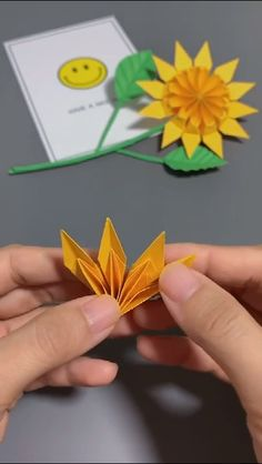 "Latest No Cost creative Crafts for Kids Concepts How often have you ever heard your kids state: ""Now i'm bored. Paper Sunflowers, Paper Flowers Craft, Paper Crafts Origami, Diy Origami, Flower Crafts, Diy Paper, Diy Flowers, Origami Ideas, Diy Crafts Hacks"