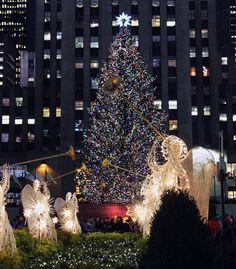 Christmas in Rockefeller Center New York & Spring at 30 Rock (Photo: Anthony Quintano / NBC News) | Rockefeller ...
