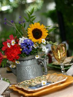 Country French place setting . . .