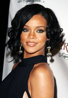 Magnificent Rihanna Rihanna Hairstyles And Bobs On Pinterest Short Hairstyles For Black Women Fulllsitofus