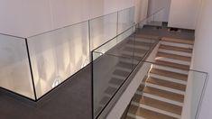 Modernes Innengeländer für Ihr Eigenheim Stairs, Home Decor, Asylum, Glass, Stairways, Stairway, Interior Design, Home Interiors, Staircases