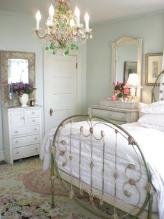 ❥ Bountiful...pretty vintage bedroom. #cottage #chic #shabby #bed #chandelier