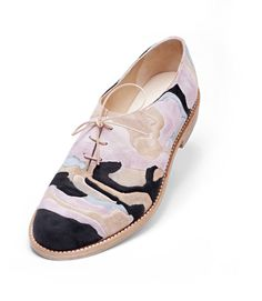 Barbora Vesela London College of Fashion Oxford Shoes Outfit, Women Oxford Shoes, Walk In My Shoes, Valentino, London College Of Fashion, Sock Shoes, Flat Shoes, Beautiful Shoes, Sleek Makeup