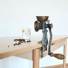 Rare Vintage Coffee Grinder, Vintage grinder, Metal coffee grinder, Old coffee grinder, Manual grinder, Antique coffee grinder, Cafe decor