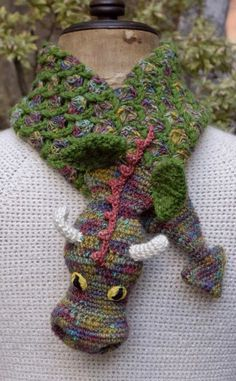 Crazy Cool Dragon Scarf: SwEEt Inspiration only!