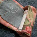 ready threader sewing kit                                                   http://annie-flowergarden.blogspot.com/2008/04/ready-threader-tutorial.html