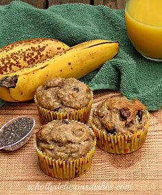 Banana Chocolate Chip Chia Seed Muffins http://whollydeliciousdishes.com