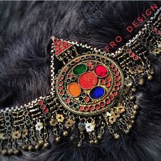 Afghan vintage headpiece ______________________________DM us for purchase #afghanheadpiece#afghanjewelry#afghanstyle#stylist#stylish#fashtion#rainbow#afghanvines#vintage#bintagestyle#handmadejewelry#afghangirl#dukhtafghan_#afghandress#afghanwedding#afghandukht#fationstyle#streetphotography#stylish#styleblogger#stylebook#styler#design#designerwear#stylewear#girls#makeuolover#makeuptutorial#makeup#chic Girl Iphone Wallpaper, Beautiful Girl Wallpaper, Joker, Vintage Headpiece, Character Design, Girly, Make Up, Brooch, Shoulder Bag