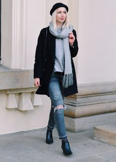 Casual Streetstyle in Berlin #grey #black #ootd #outfitinspo #fashioninspo #modeblogger #fashionblogger #25undfabelhaft