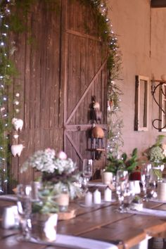 Under Construction, Weddings, Table Decorations, Board, Furniture, Home Decor, Decoration Home, Room Decor, Wedding