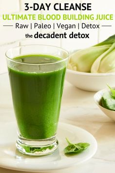lemon mint bok choy juice from The Decadent Detox Summer Juice Fast is delicious, purifies the blood, and prepares the body for sleep. Detox Juice Cleanse, Detox Juice Recipes, Smoothie Detox, Detox Juices, Cleanse Recipes, Detox Tea, Smoothie Bar, Smoothie Recipes, Healthy Detox